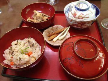 沖縄 西大学院 昆布革命と琉球料理_e0134337_10513011.jpg