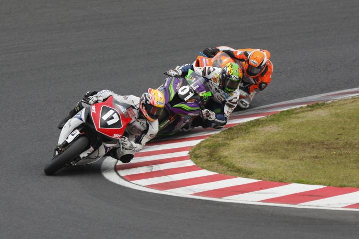 SUZUKA  2&4 RACE  2013 【JSB1000 決勝レース】_f0253927_13134922.jpg