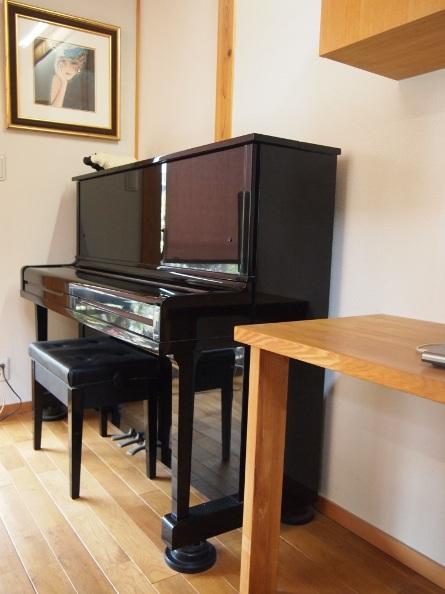 ピアノカバーは掛ける派ですか☆_c0152341_943698.jpg