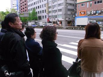 タイ人客がやってきた!(ツアーバス路駐台数調査 2013年4月) _b0235153_13543546.jpg