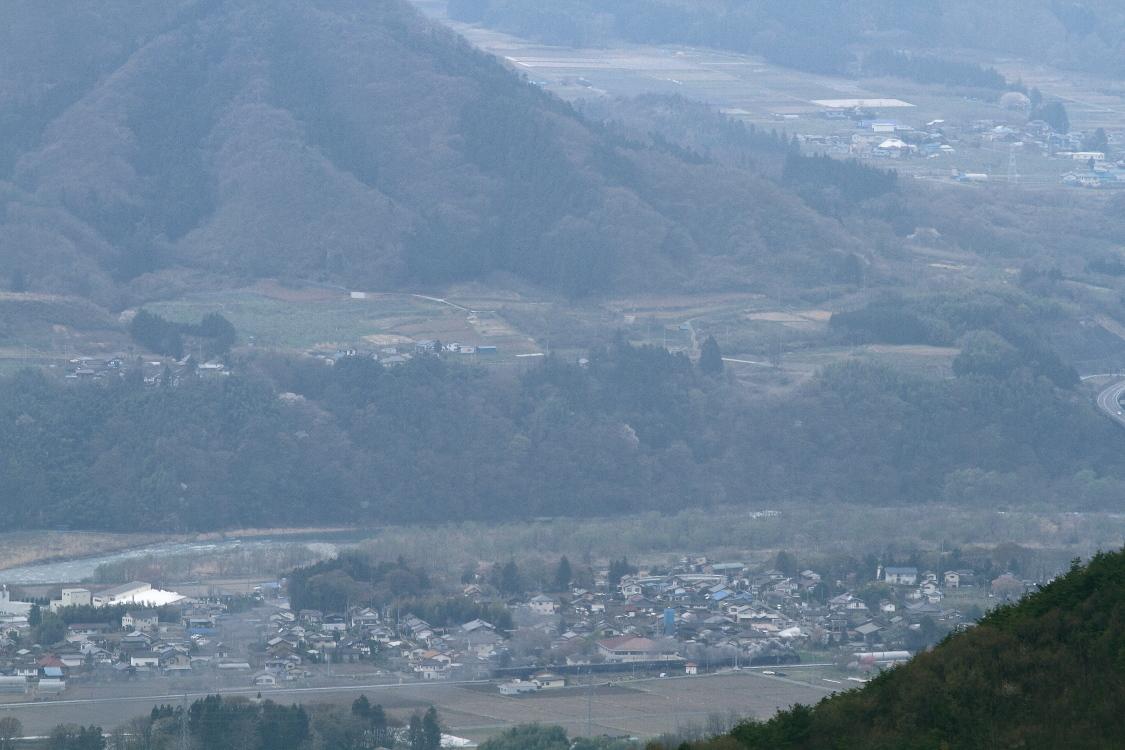 今日もC61旧客を山の上から撮ってみた - 2013年春・上越線 -_b0190710_2039141.jpg