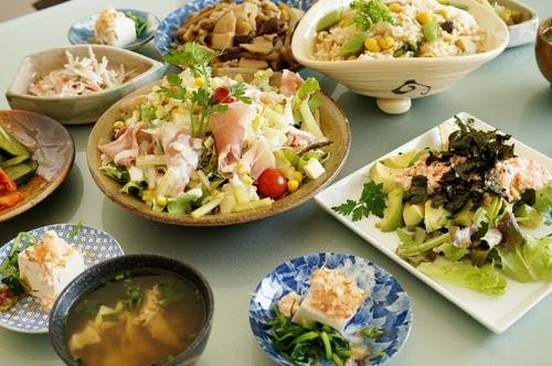 【朝ご飯です♪】竹の子ご飯/サラダ/アボガドの長芋タラコ/煮物/奴他です。_b0033423_1942522.jpg
