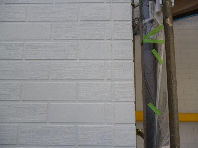 外壁・屋根の塗替えを始めています3(神奈川県秦野市)_e0207151_15542963.jpg