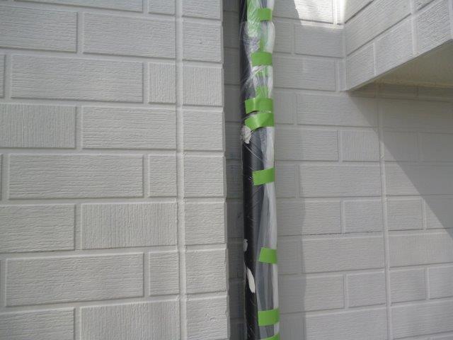 外壁・屋根の塗替えを始めています3(神奈川県秦野市)_e0207151_15564872.jpg