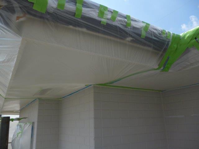外壁・屋根の塗替えを始めています3(神奈川県秦野市)_e0207151_1557427.jpg