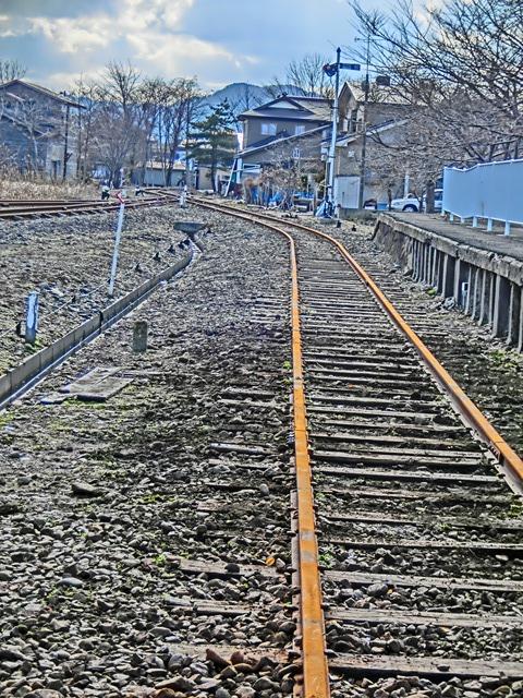 美味しさを創る渡辺水産、下北交通大畑線の気動車は健在、裂きイカ日本一は渡辺水産、幻の線路大間鉄道_d0181492_225102.jpg