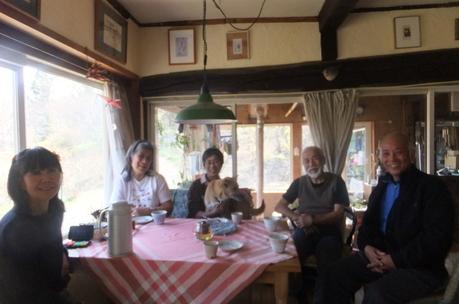 新緑の富士見でわが友、故岡部牧夫の落葉舎を訪ねる_c0242406_7474983.jpg