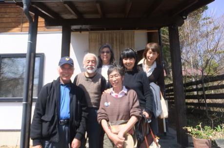 新緑の富士見でわが友、故岡部牧夫の落葉舎を訪ねる_c0242406_7484470.jpg