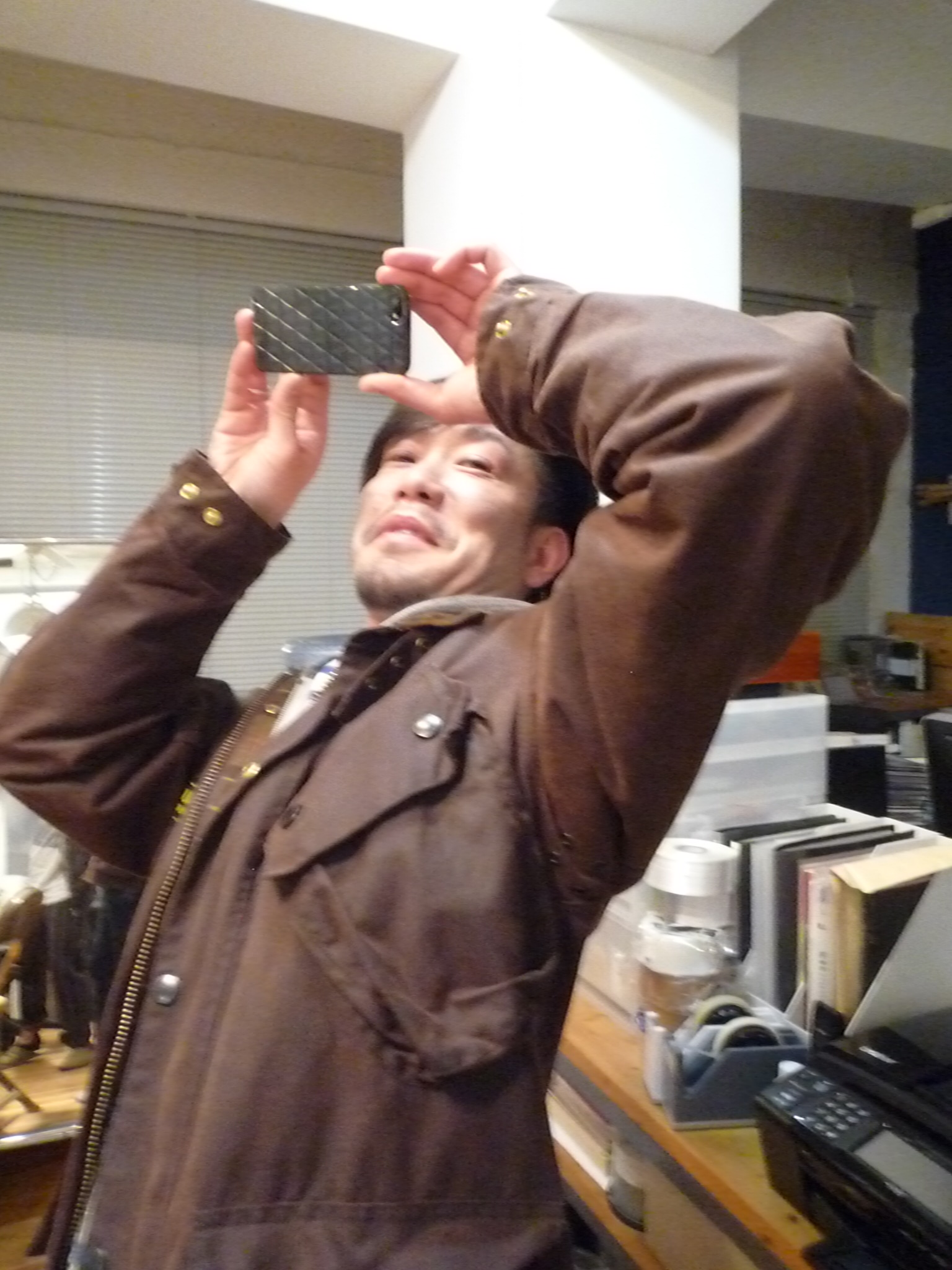 Yuya TakateのシャツとANDANTEANDANTEのブラウス_f0180307_1627323.jpg