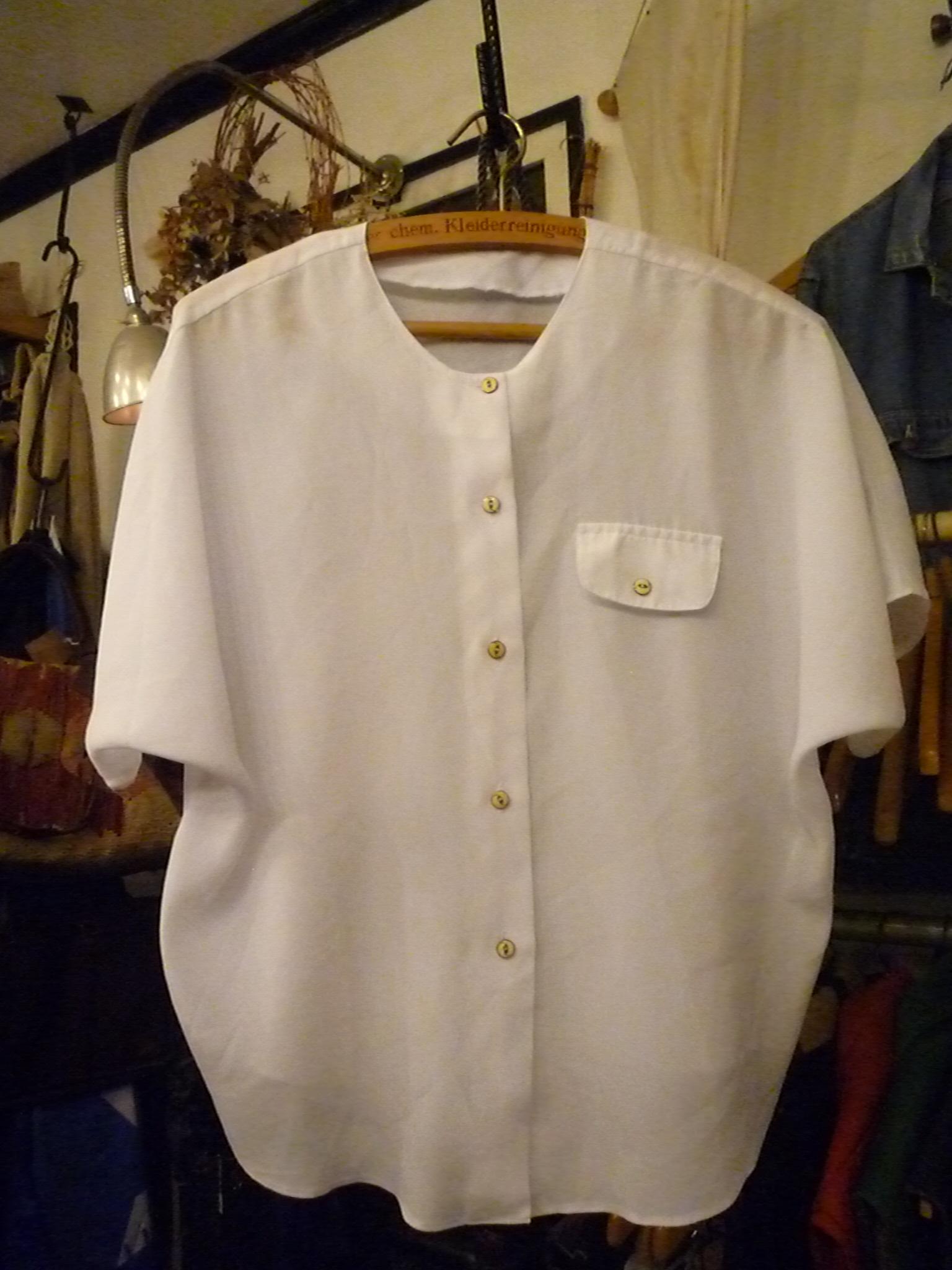 Yuya TakateのシャツとANDANTEANDANTEのブラウス_f0180307_22252313.jpg