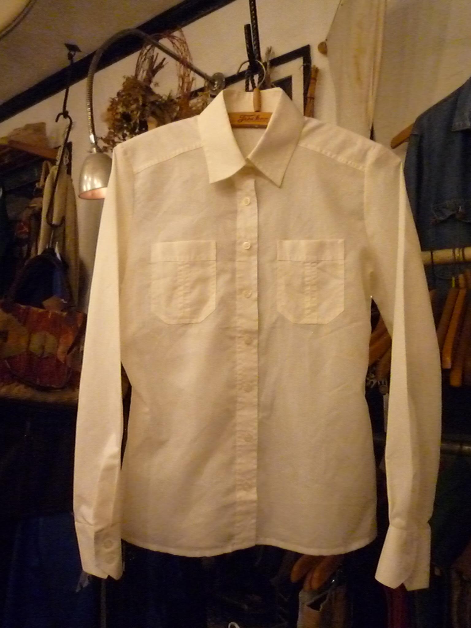 Yuya TakateのシャツとANDANTEANDANTEのブラウス_f0180307_22254889.jpg