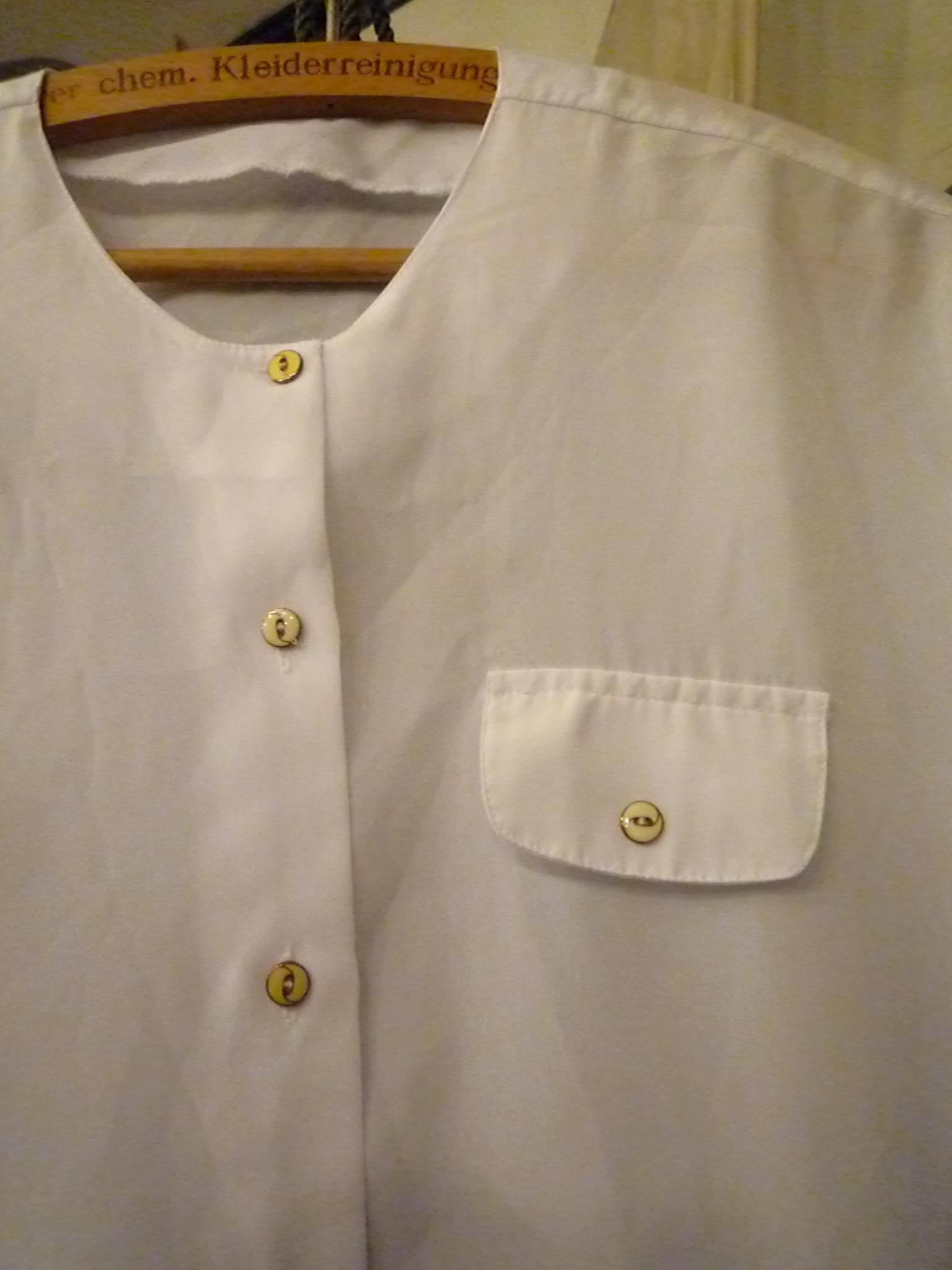 Yuya TakateのシャツとANDANTEANDANTEのブラウス_f0180307_2225647.jpg