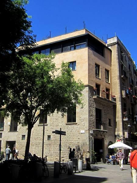 Born地区の古い建物_b0064411_63605.jpg