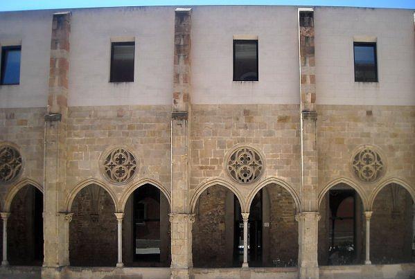 Born地区の古い建物_b0064411_656392.jpg