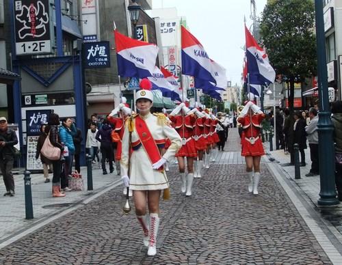 大岡越前祭...雨も止みパレードが_b0137932_1644507.jpg