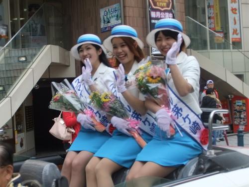 大岡越前祭...雨も止みパレードが_b0137932_1647169.jpg