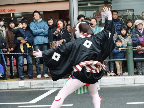 大岡越前祭...雨も止みパレードが_b0137932_16495537.jpg