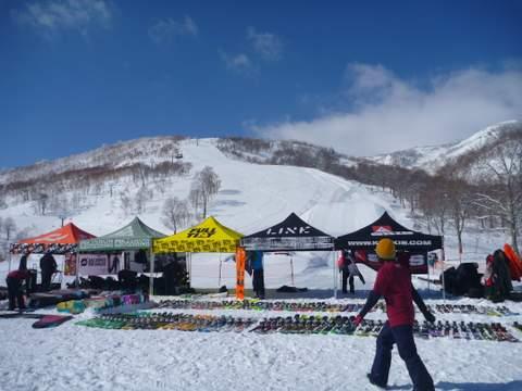【滑走レポ 2013.4.11】 ラストパウダーを狙って@かぐら_e0037849_7405328.jpg