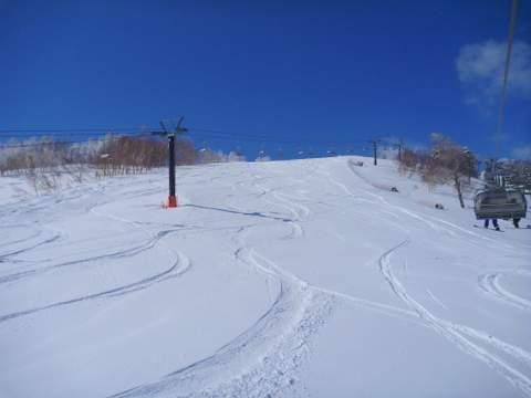 【滑走レポ 2013.4.11】 ラストパウダーを狙って@かぐら_e0037849_742683.jpg