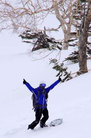 【滑走レポ 2013.4.11】 ラストパウダーを狙って@かぐら_e0037849_7542462.jpg