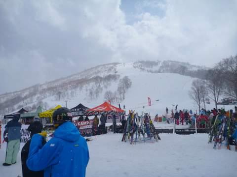 【滑走レポ 2013.4.11】 ラストパウダーを狙って@かぐら_e0037849_7544989.jpg