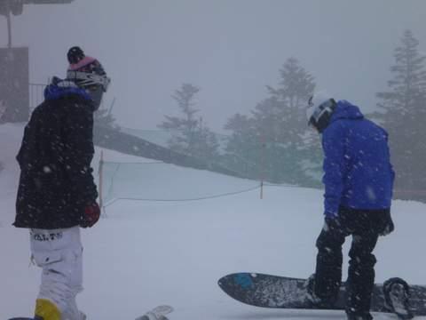 【滑走レポ 2013.4.11】 ラストパウダーを狙って@かぐら_e0037849_7551864.jpg