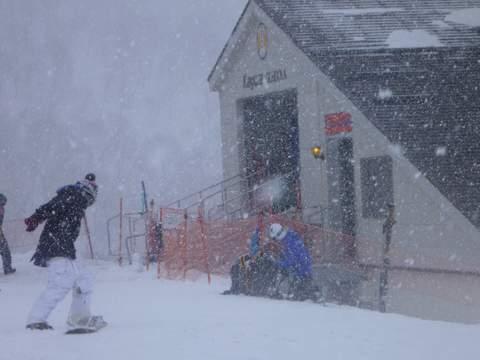 【滑走レポ 2013.4.11】 ラストパウダーを狙って@かぐら_e0037849_7562818.jpg