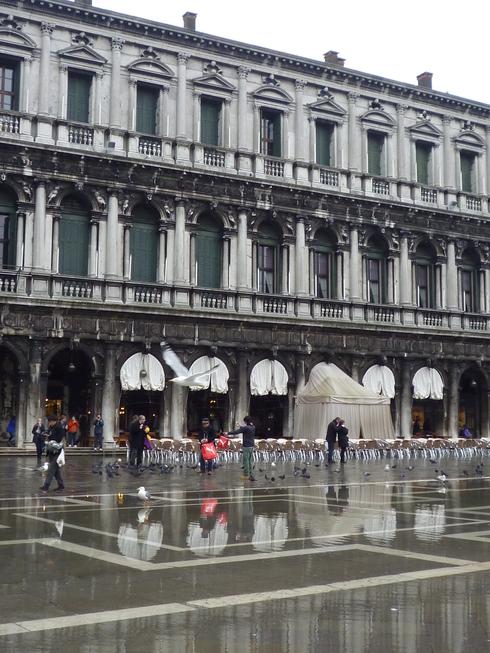 Italiaへの旅。。♡ カッフェ・フローリアン Caffè Florian。.゚。*・。♡。。。 *。:☆.。† _a0053662_1427677.jpg