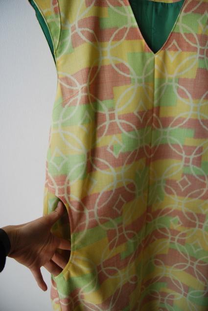 着物リメイク・ウールのジャンバースカート_d0127925_13434096.jpg