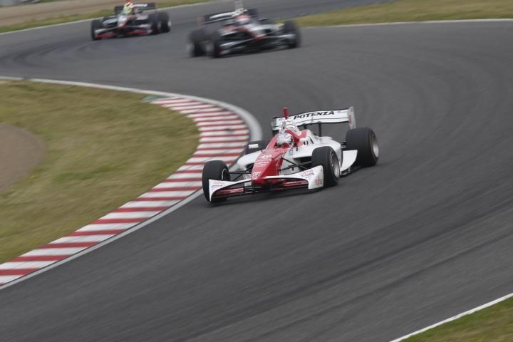 SUZUKA  2&4 RACE  2013 【スーパーフォーミュラ 第1戦 決勝レース】_f0253927_22335628.jpg