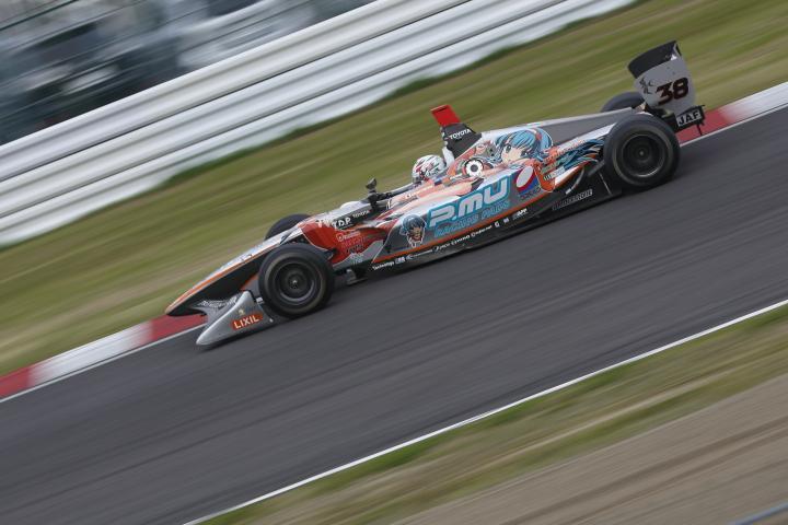 SUZUKA  2&4 RACE  2013 【スーパーフォーミュラ 第1戦 決勝レース】_f0253927_22374847.jpg