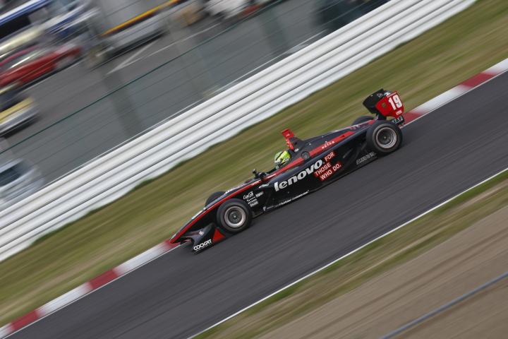 SUZUKA  2&4 RACE  2013 【スーパーフォーミュラ 第1戦 決勝レース】_f0253927_2237911.jpg