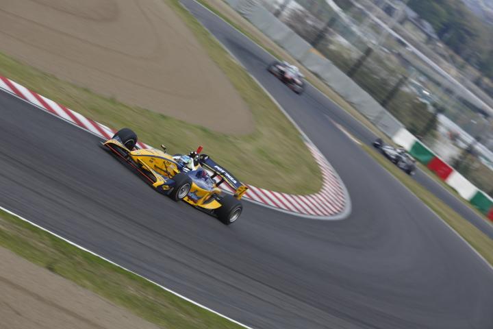 SUZUKA  2&4 RACE  2013 【スーパーフォーミュラ 第1戦 決勝レース】_f0253927_2238115.jpg