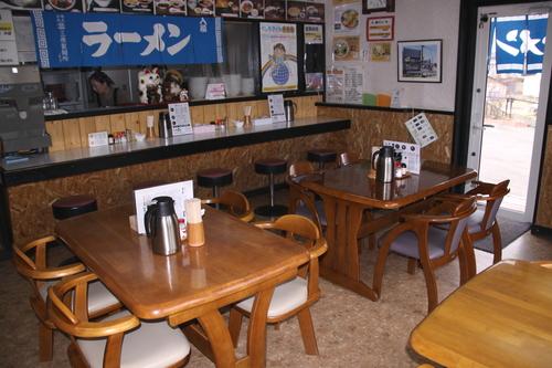 なかなかたどり着けない「いわまつ食堂」 4月22日_f0113639_1485786.jpg