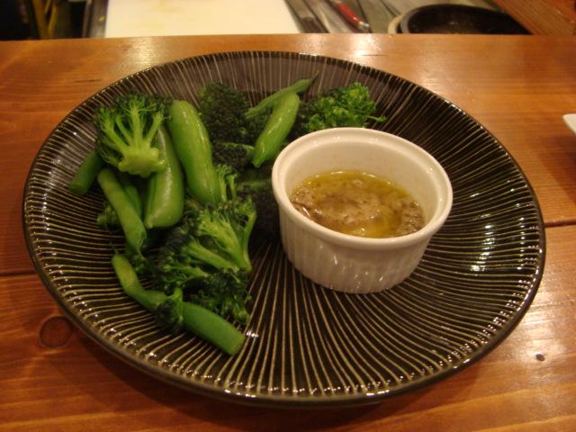 西荻窪「Kitchen bar etsu エツ」へ行く。_f0232060_0222618.jpg