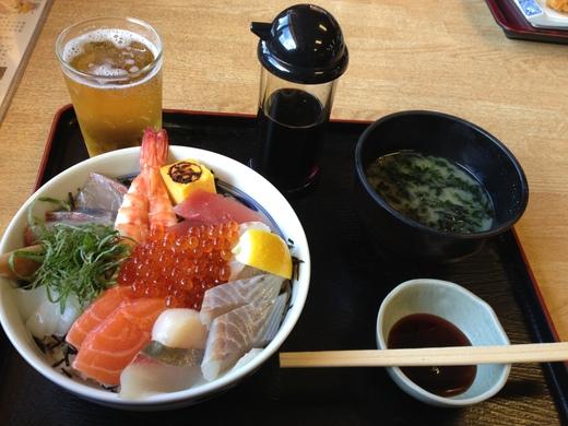 満腹海鮮丼ツーリング!_b0163075_8481878.jpg
