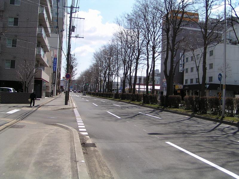 地下鉄白石駅・バスターミナル_f0078286_1116455.jpg