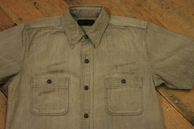 まるで長年使い込まれたようなシャンブレーシャツ。_d0121303_17193338.jpg
