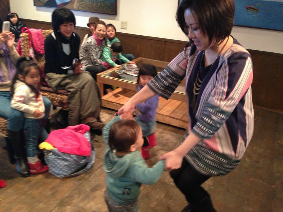 東京クラビーヤでのライブと、グローバル育児の親子イベント明日は東京FM9時半にゲストです_a0150139_1415747.jpg
