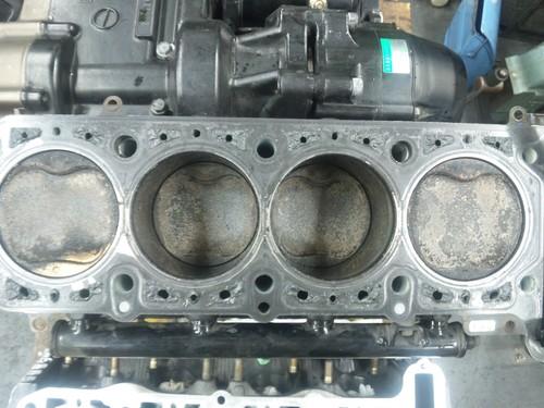 エンジンオーバーホール三昧!・・・めざせロングライフ!  ZRX1200Rエンジン・・・その1_a0163159_9433853.jpg