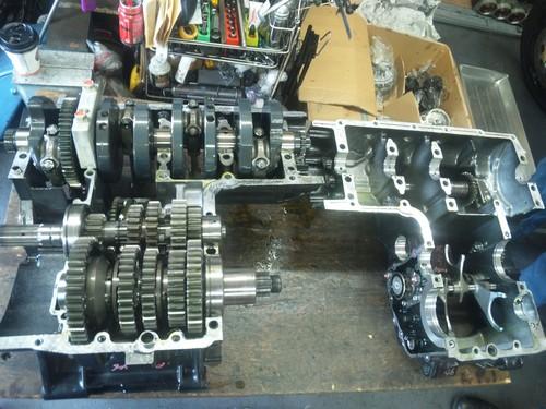 エンジンオーバーホール三昧!・・・めざせロングライフ!  ZRX1200Rエンジン・・・その1_a0163159_948268.jpg