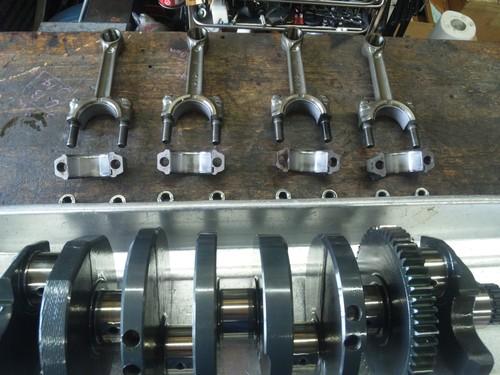 エンジンオーバーホール三昧!・・・めざせロングライフ!  ZRX1200Rエンジン・・・その1_a0163159_9525064.jpg