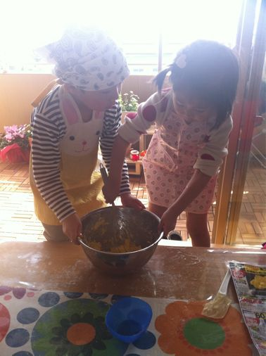 ちびっこクッキー作り_a0210776_21244044.jpg