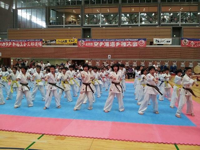 第30回オープントーナメント 全四国空手道選手権大会_c0186691_14452062.jpg