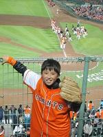 夜に野球を見にホットモットーに_a0298652_11243452.jpg