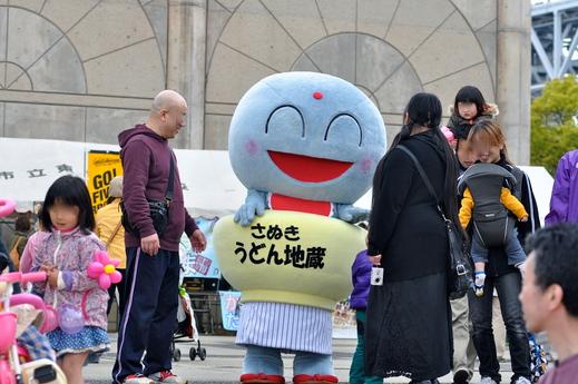 「福島の子どもたち香川へおいでプロジェクト」さかいで塩まつり2013 に参加 レポ  _b0242956_7593818.jpg
