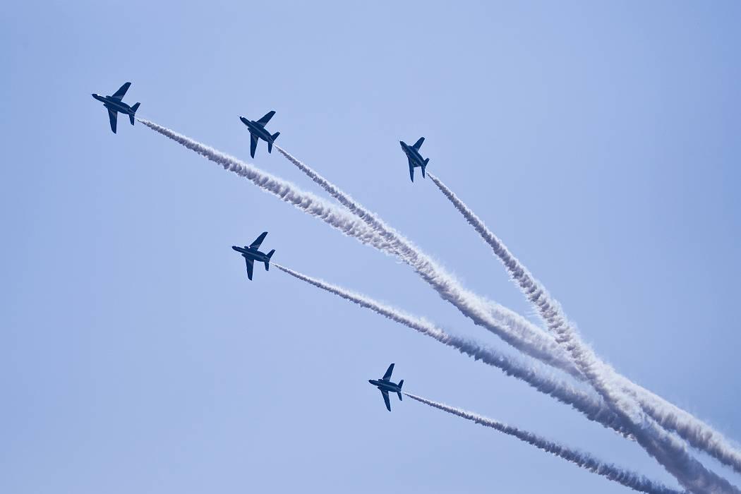 ブルーインパルス、 訓練飛行その2_c0077395_202381.jpg