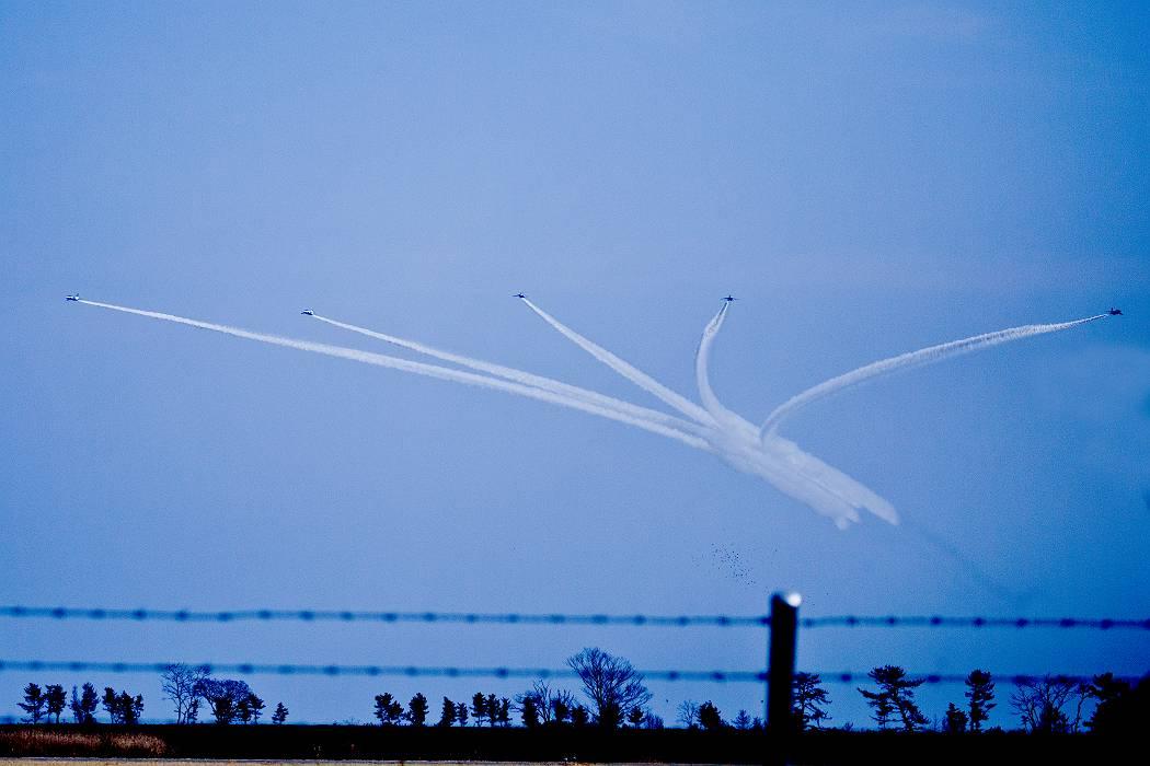ブルーインパルス、 訓練飛行その2_c0077395_203151.jpg