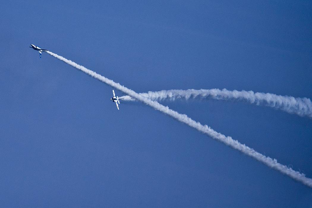 ブルーインパルス、 訓練飛行その2_c0077395_20384245.jpg