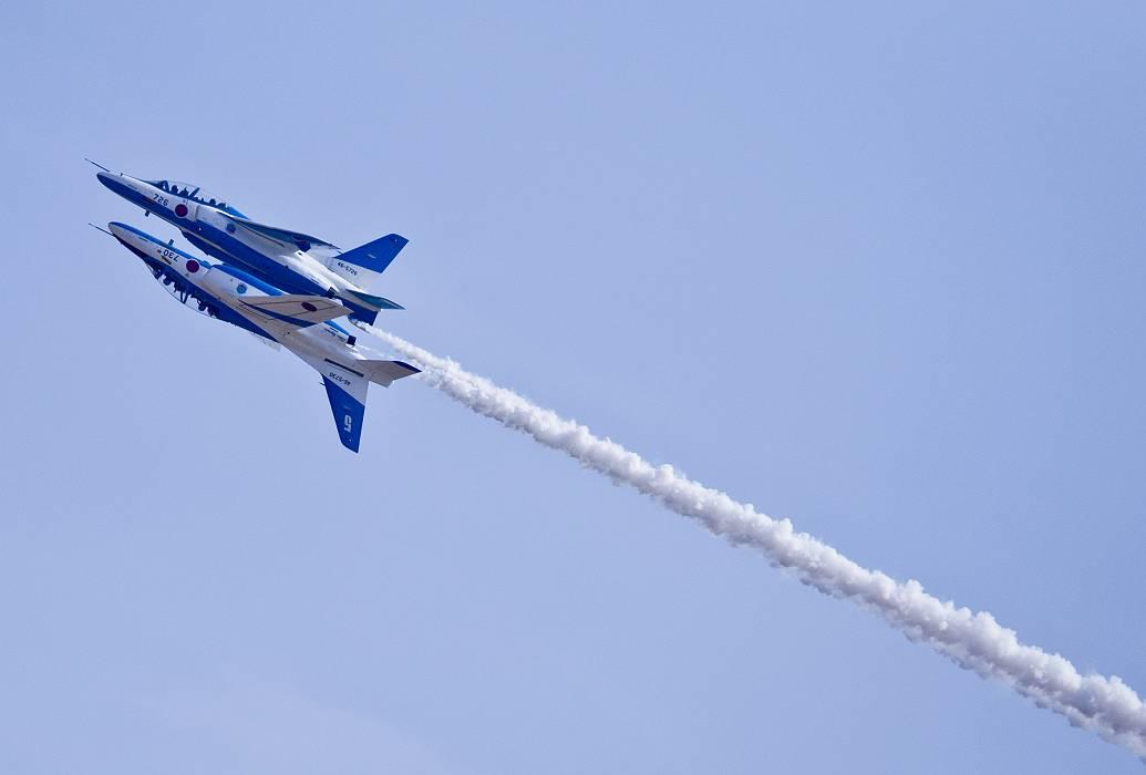 ブルーインパルス、 訓練飛行その2_c0077395_2062688.jpg
